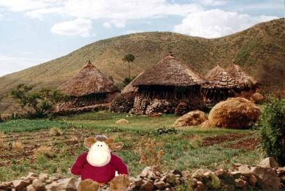 dgidgi devant hameau ethiopien